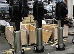 Многоступенчатые насосы серии DFCL с рабочими органами их нержавеющих сталей